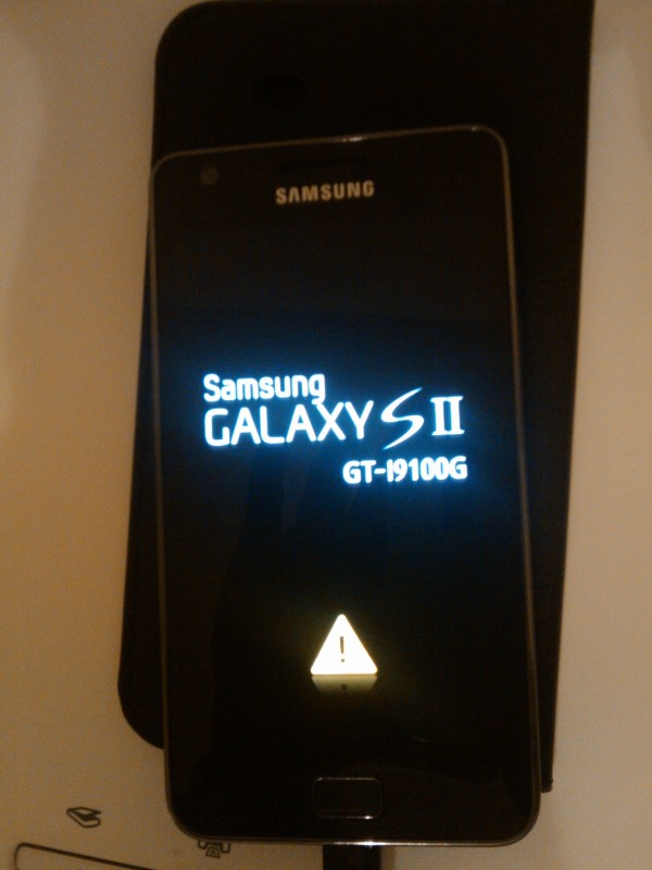 Update Galaxy S2 GT I9100G with Jellybean 4.3 Android Custom Firmware