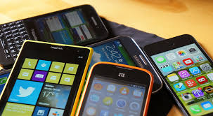 Buying a used/pre-owned phones Online or Offline: factors to be considered